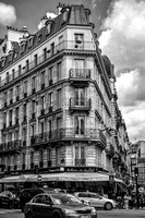 Black and White Street and architectural Photography in Paris.