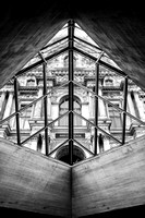 Black and White Photo of The Louvre